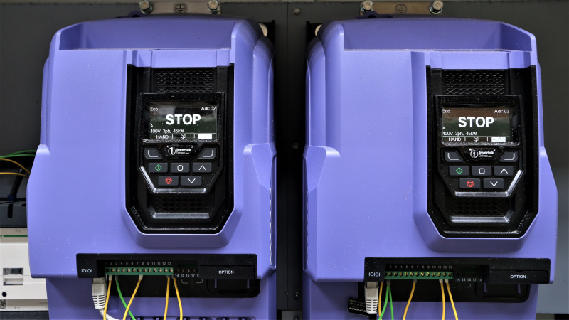 Timberex Group dēļu zāģēšanas līnijas aprīkošana ar Invertek frekvenču pārveidotājiem-0