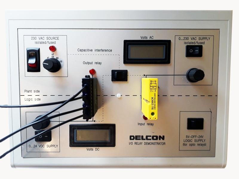 Delcon izstrādāts releju darbības simulators-0