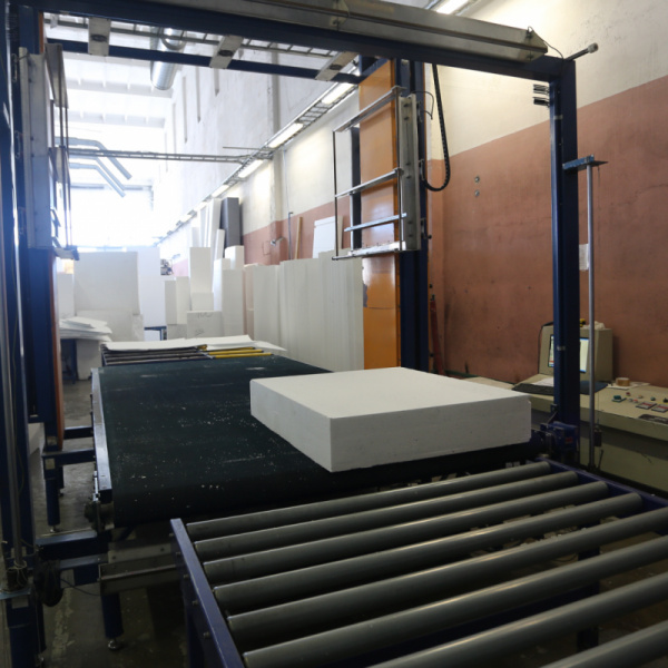 Production of TENAPORS thermal insulation materials with ESTUN servo drive-1