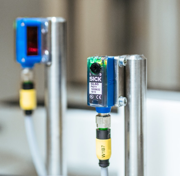 SICK G6 series: universal optical sensors for detecting all types of objects-7