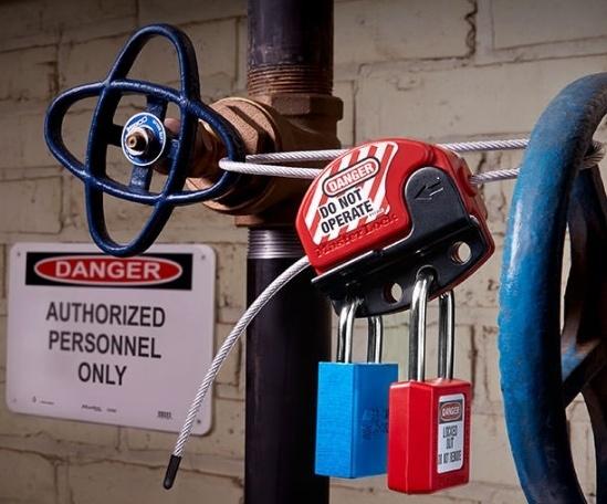 Master Lock - drošības slēdzeņu un brīdinājuma zīmju risinājumi-0