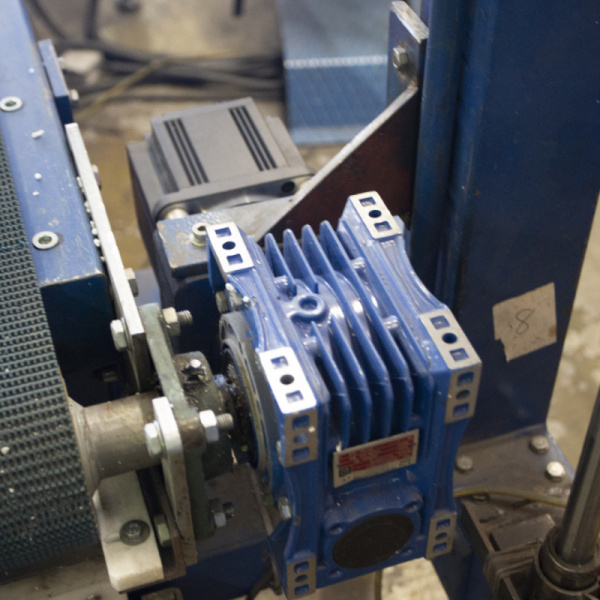 Production of TENAPORS thermal insulation materials with ESTUN servo drive-2